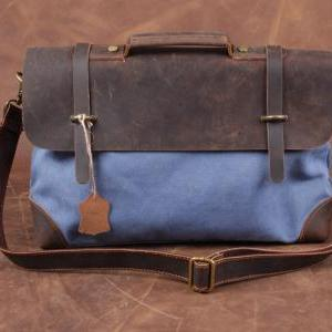Blue Canvas Messenger Bag / Crazy H..
